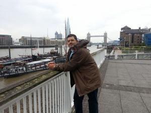 Χρήστος Χαϊντούτης, 40 ετών, γιατρός, εργάζεται σε νοσοκομείο στην Αγγλία