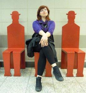 Νάντια Χατζή, 32 ετών, σχεδιάστρια επίπλων, κάνει μεταπτυχιακές σπουδές στην Αγγλία